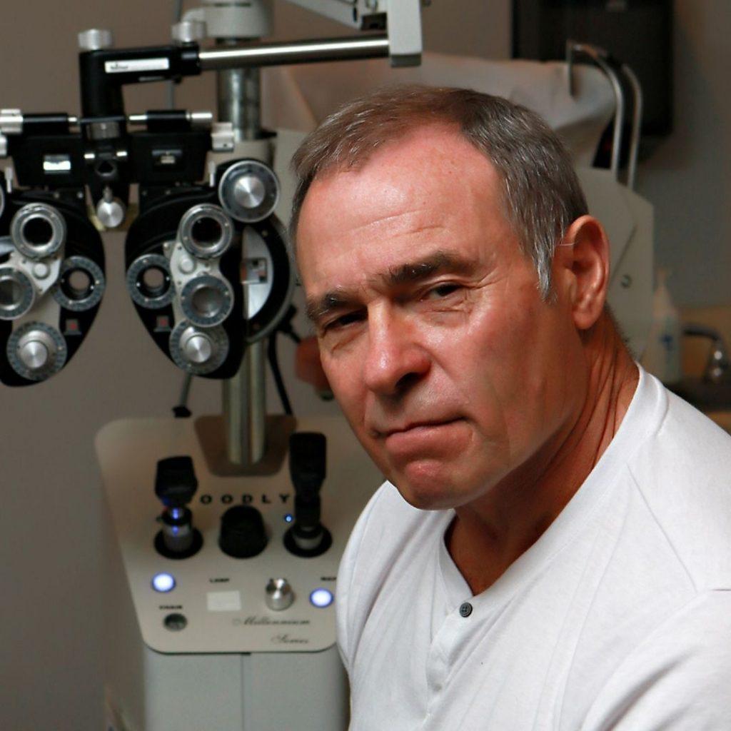 Dr. Craig Murcray